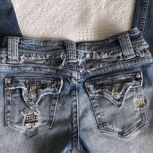 Miss Me distress ankle/ crop jeans 26
